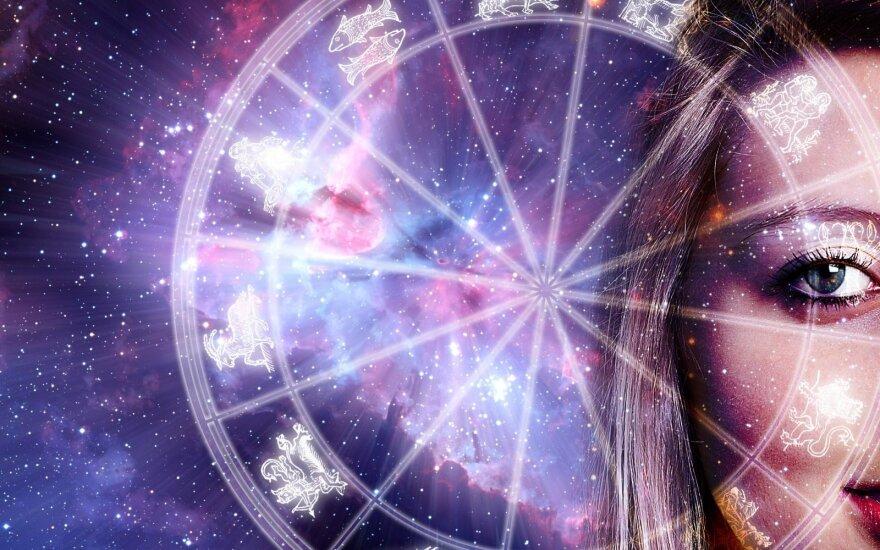Astrologės Lolitos prognozė balandžio 7 d.: diena, kai norėsis dalintis meile ir gerumu