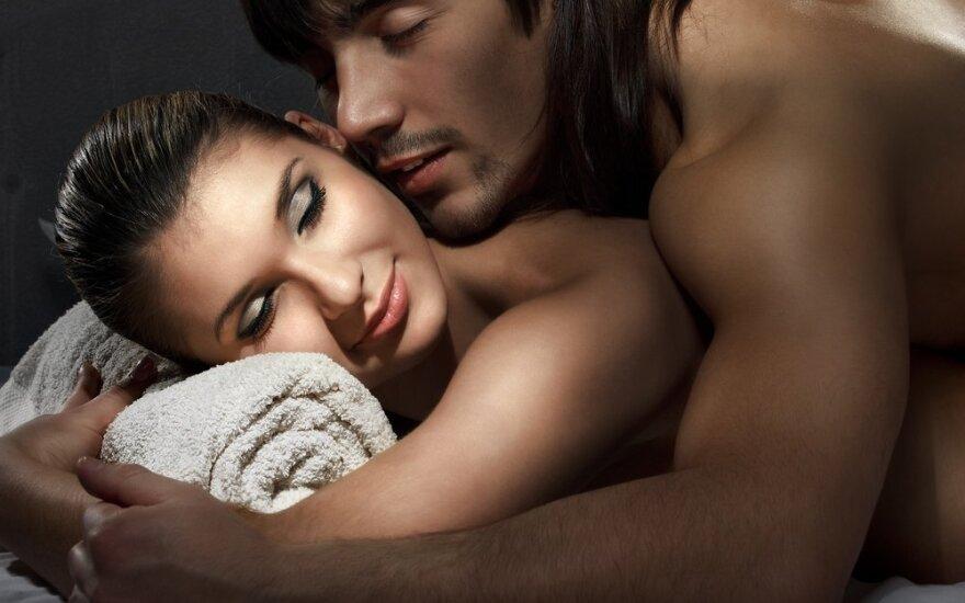 Seksas iš meilės vyrams svarbiau nei moterims