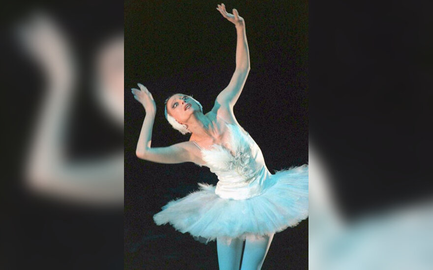 Rusų baleto žvaigždė Maja Pliseckaja, švęsdama savo 70-ąjį gimtadienį 1995 m.