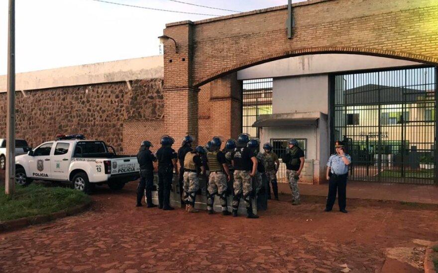 Paragvajaus kalėjimas, iš kurio pabėgo 75 kaliniai