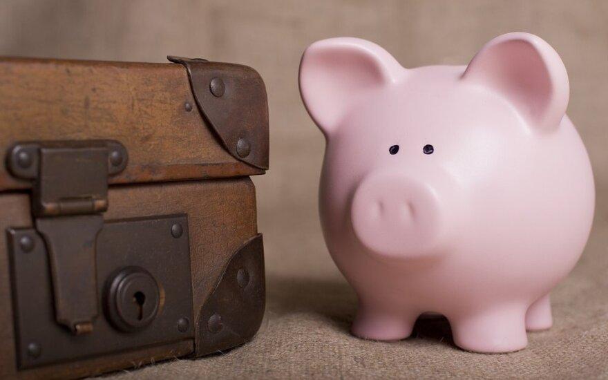 Dauguma šalies gyventojų atostogų atsisako dėl skolų