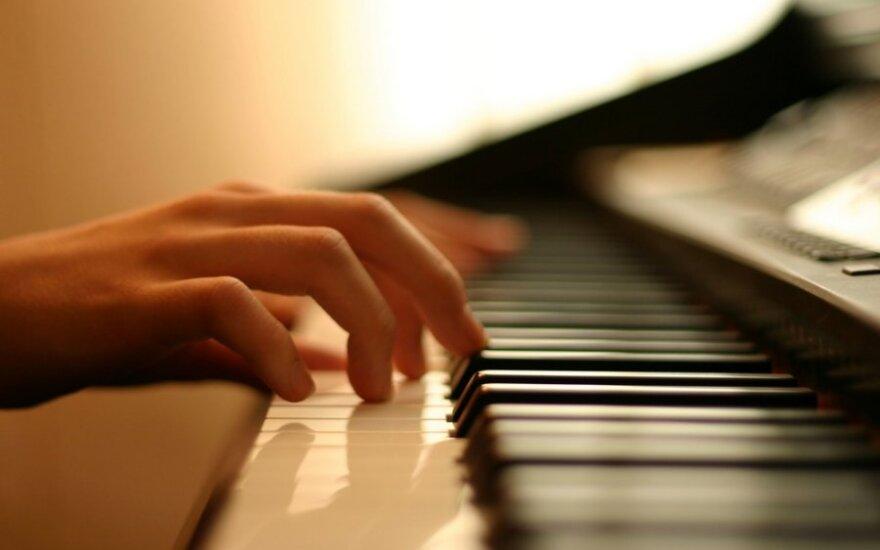 "Niujorko ""Carnegie Hall"" E.Puzaitė skambins Čiurlionį"