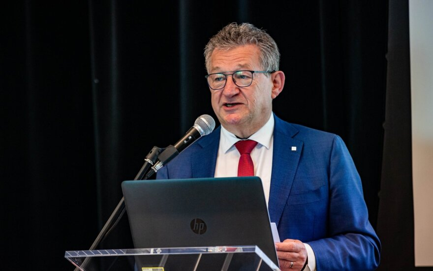 Briugės flamandiškojo Briugės miesto meras Dirkas De Fauwas
