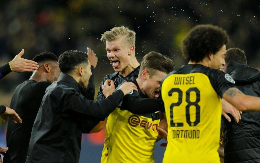 """UEFA Čempionų lyga grįžo su trenksmu: aštuntfinalyje – 19-mečio dublis ir PSG bei """"Liverpool"""" pralaimėjimai"""