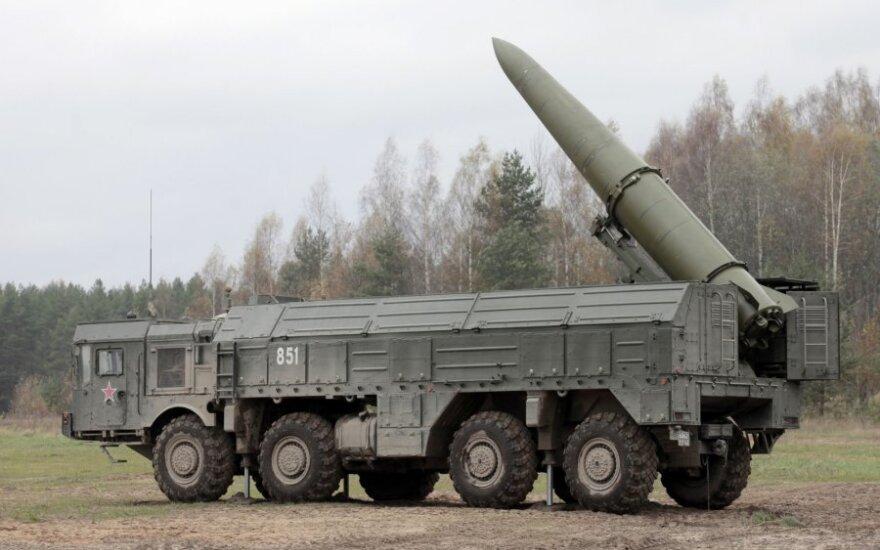 Rusija į Lietuvos pašonę slapta gabena branduolinius ginklus galinčias nešti raketas