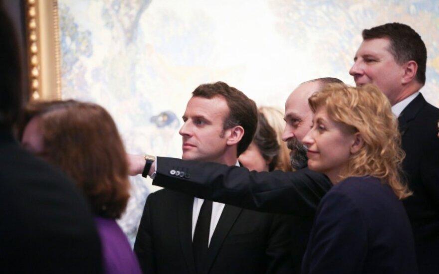 Baltijos šalių simbolistų parodą Orsė muziejuje pirmieji apžiūrėjo prezidentai