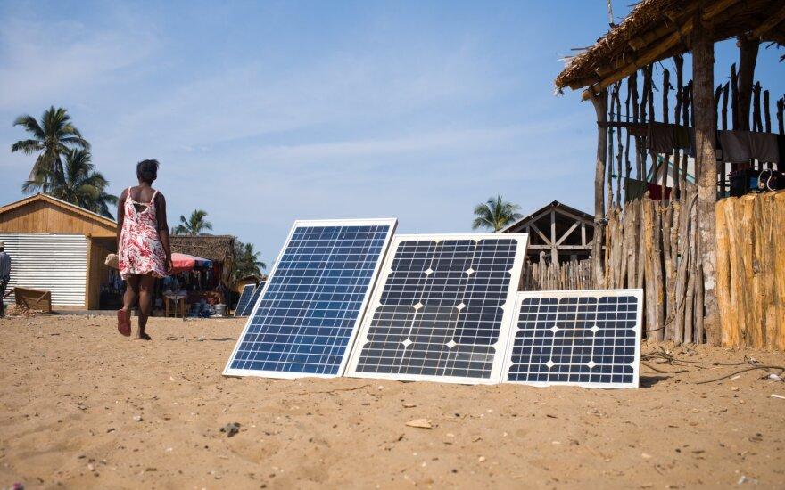 Afrikos ekonomiką ateityje skatins saulės energija ir mobiliosios technologijos