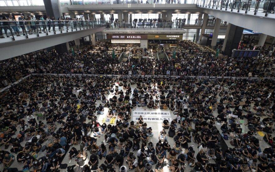 Protestas Honkongo oro uoste