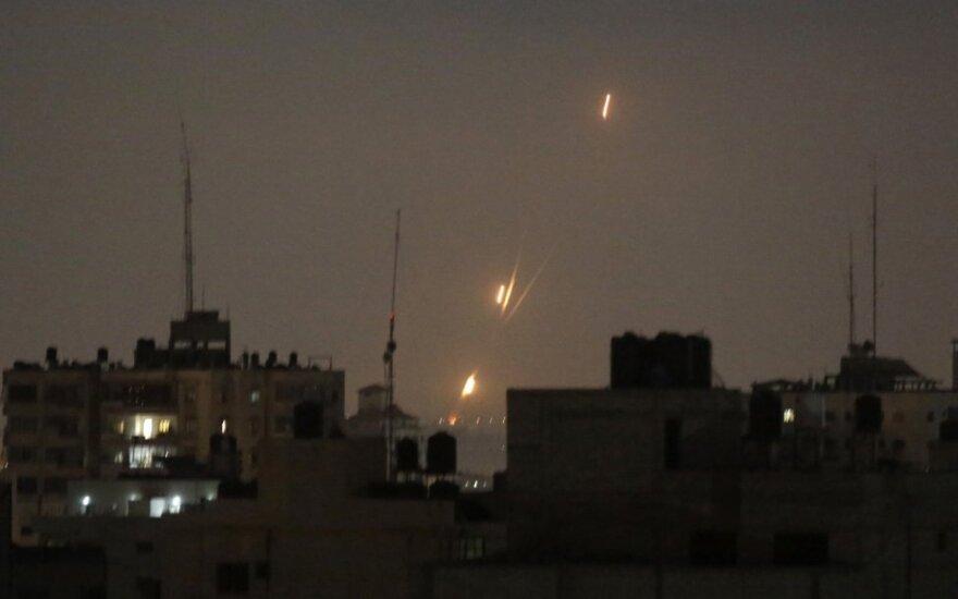 Izraelis raketomis smogė Damasko oro uostui