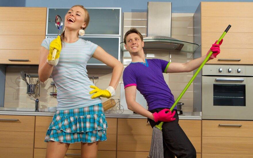 """Paskelbti konkurso """"Gudrybės, kurios man padeda tvarkytis namie"""" laimėtojai"""
