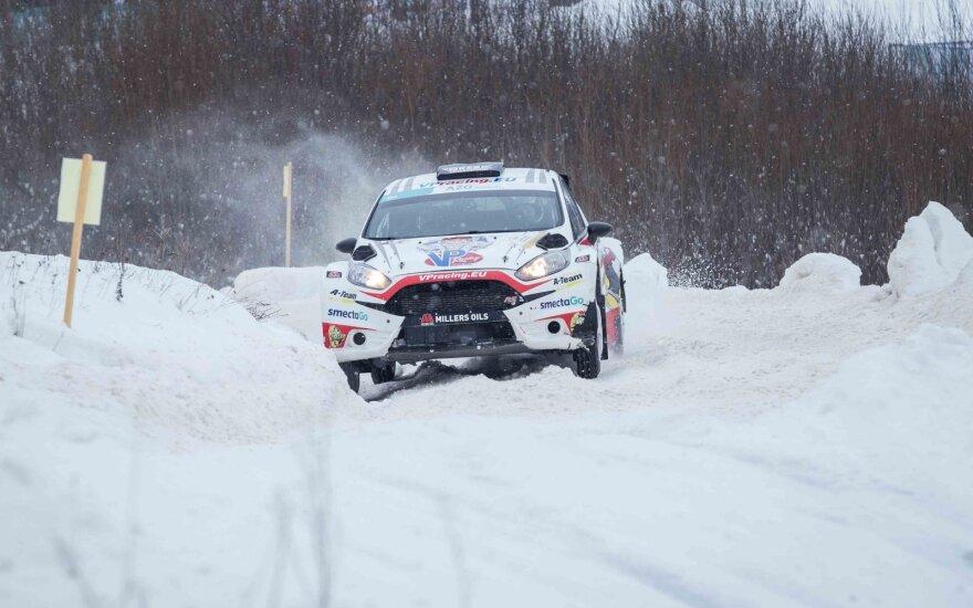Atšaukiamas svarbiausias automobilių sporto žiemos renginys: sutrukdė oro sąlygos