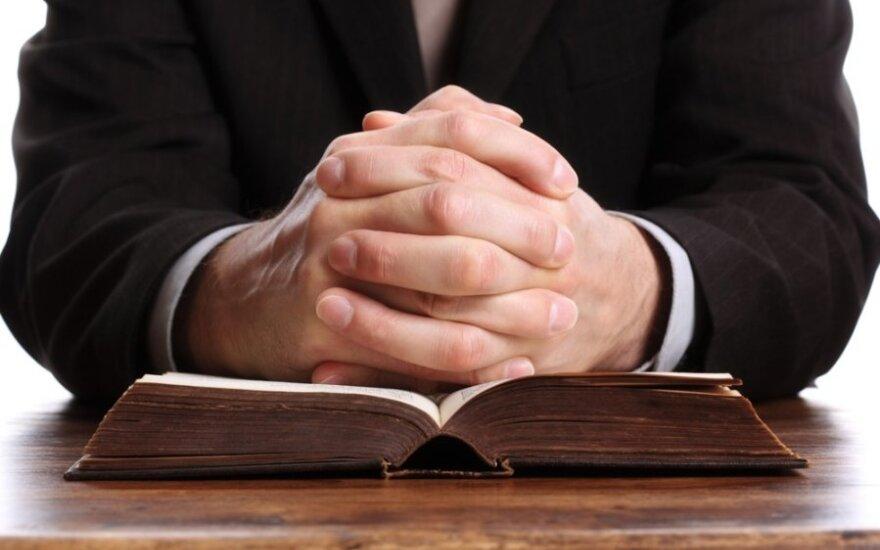 Lietuvos vyskupai: meldžiame Viešpatį, kad Ukrainos vadovas priimtų sprendimus