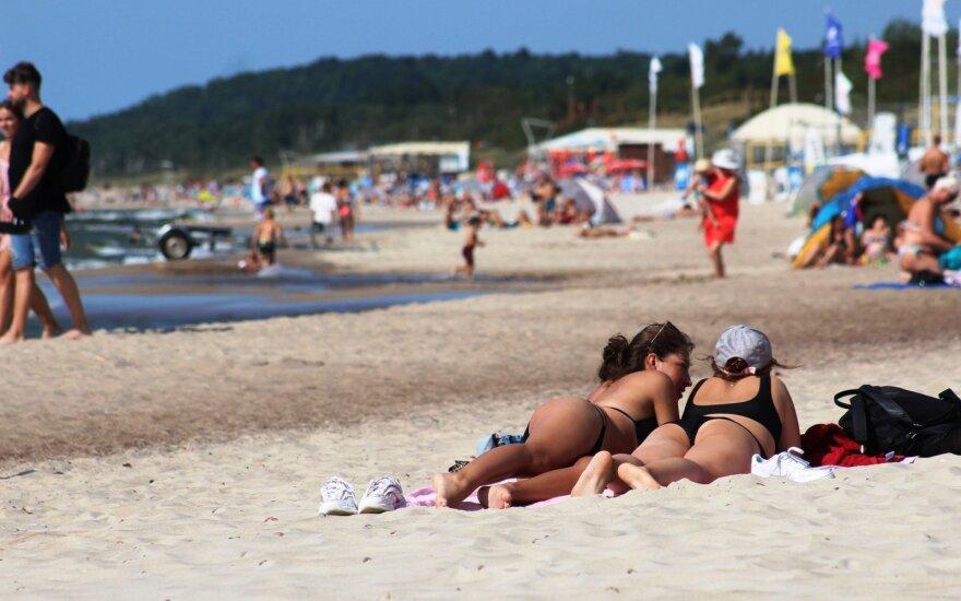 Atostogos 2021: daugiau nei pusė lietuvių atostogų svetur šiemet neplanuoja