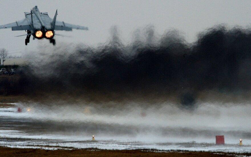 Po atšaukto F-35 sandorio Rusija siūlo Turkijai įsigyti savo naikintuvų