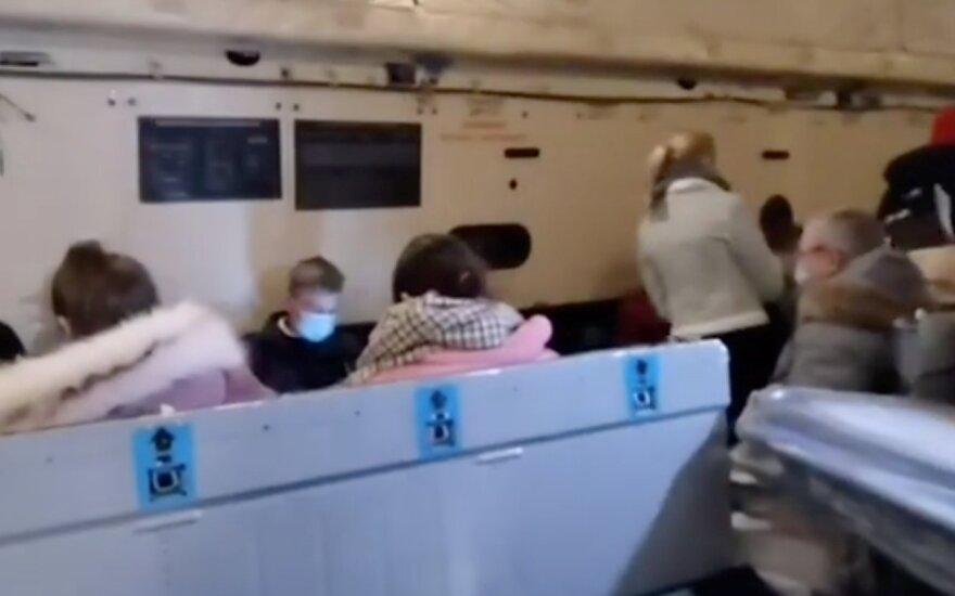 Rusai pakraupę, kaip juos evakavo iš Kinijos