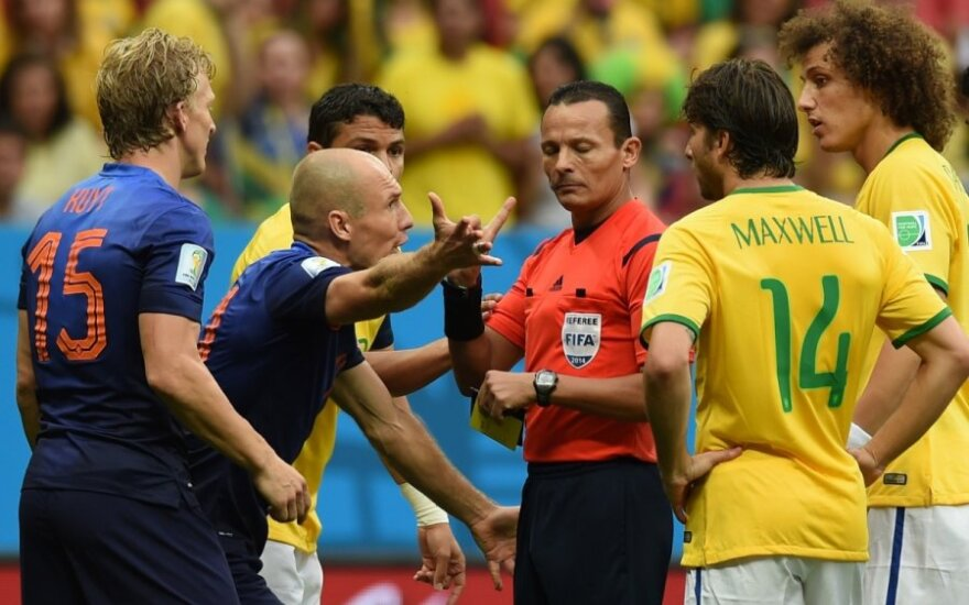 Visiška kapituliacija: klaidų pridaręs teisėjas paliko brazilus be medalių
