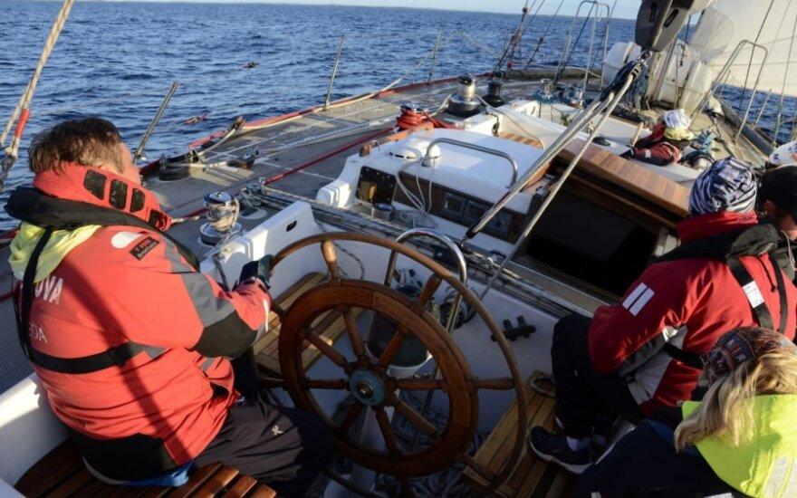 "Jachta ""Lietuva"" regatoje aplink Gotlando salą atplaukė 11-ta"