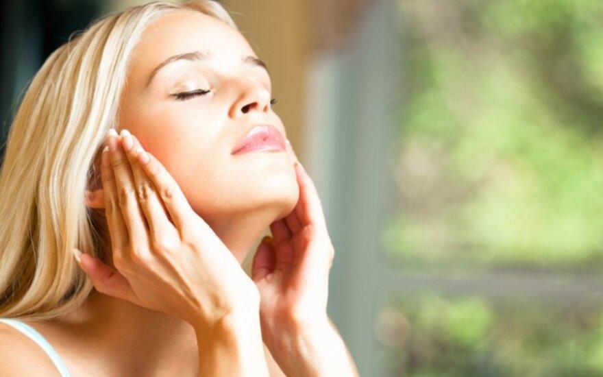 Kodėl oda sensta? 11 būdų sulėtinti šį procesą