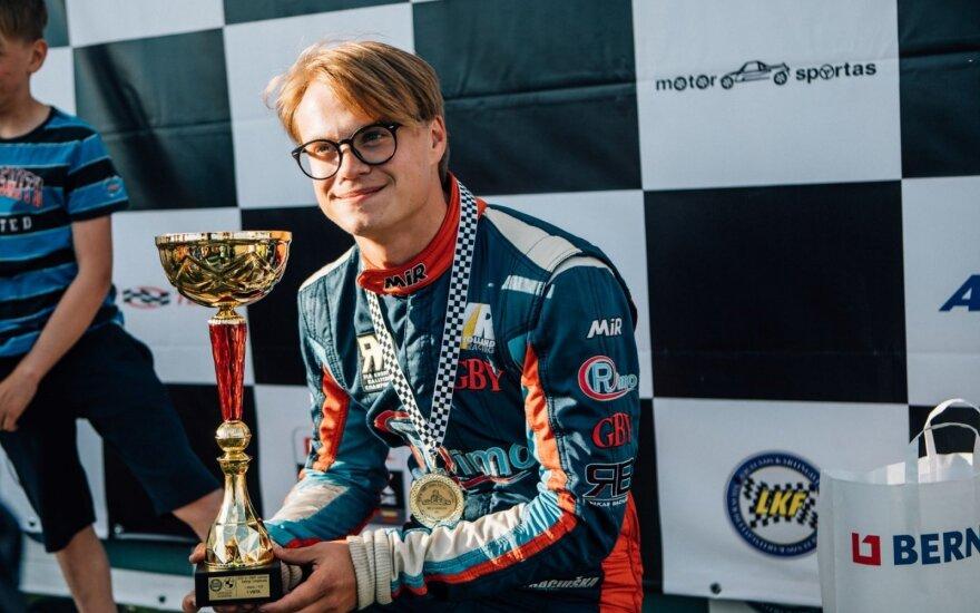 Rokas Baciuška laimėjo pirmąsias Lietuvos kartingo čempionato lenktynes
