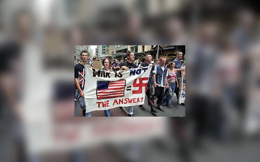 Antikariniai protestai Australijoje
