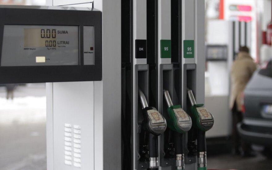 Gegužę ir toliau didėjo degalų kainos