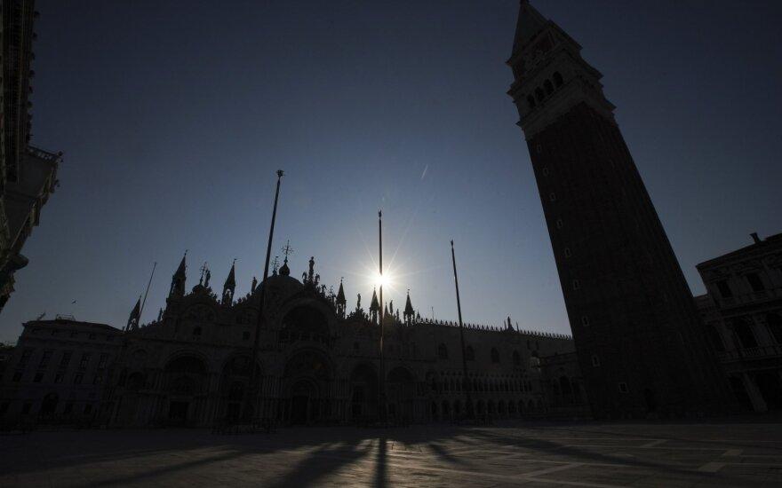 Virusologas: Milanas yra tarsi tiksinti viruso bomba