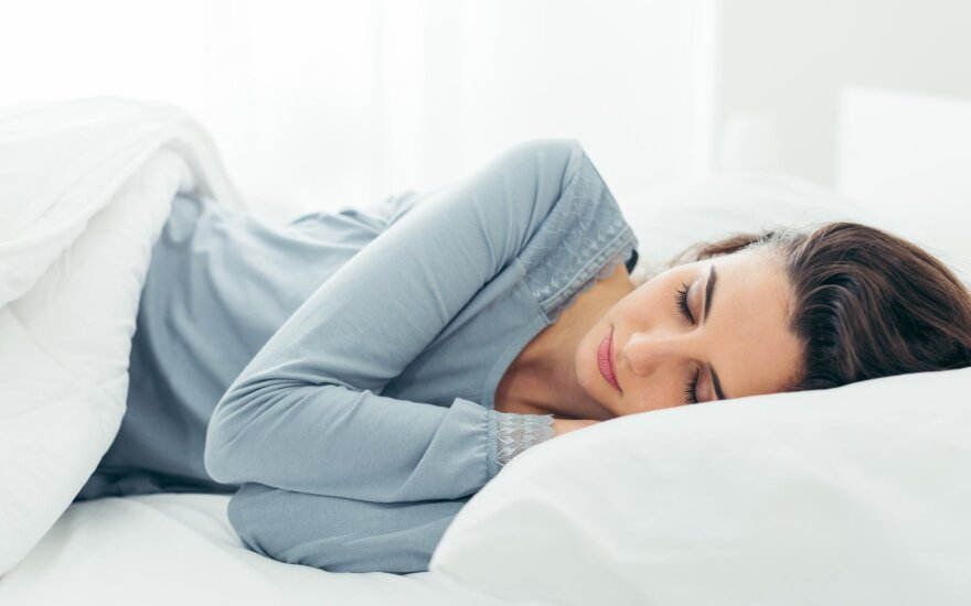 Miegas, moteris