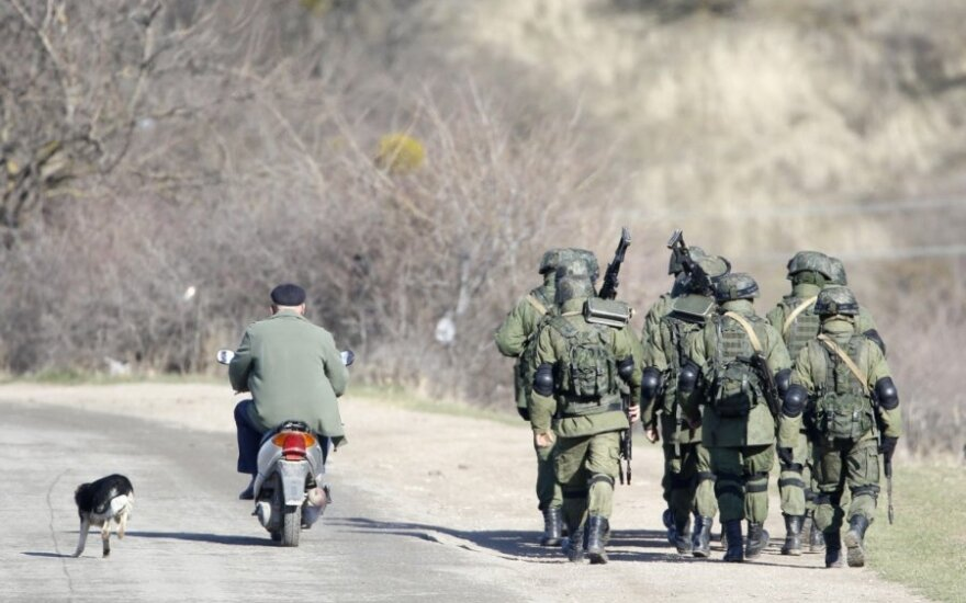 """NATO: šalys turi būti pasirengusios naujiems """"žaliesiems žmogeliukams"""""""