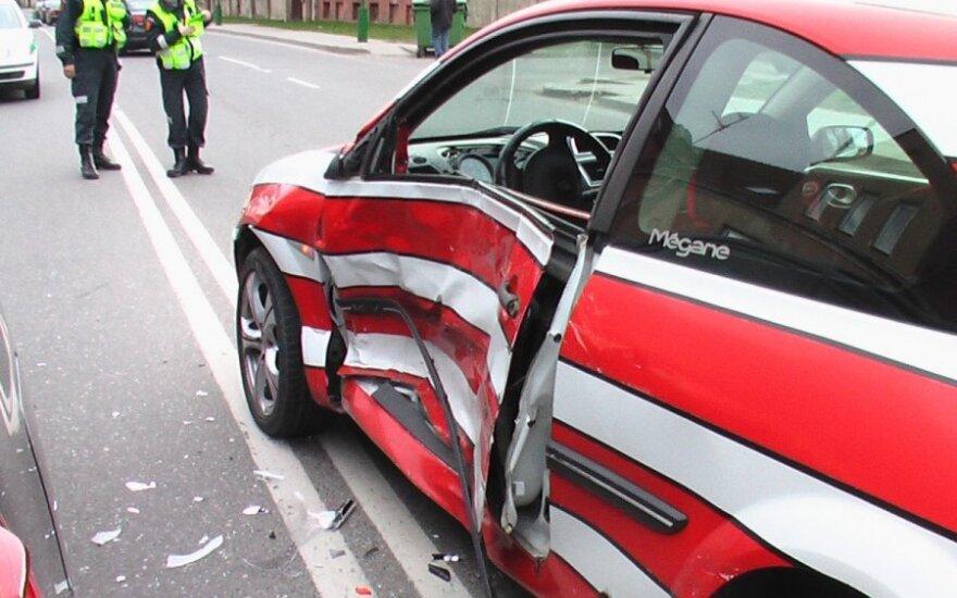 Kuri savaitės diena pavojingiausia vairuotojams?