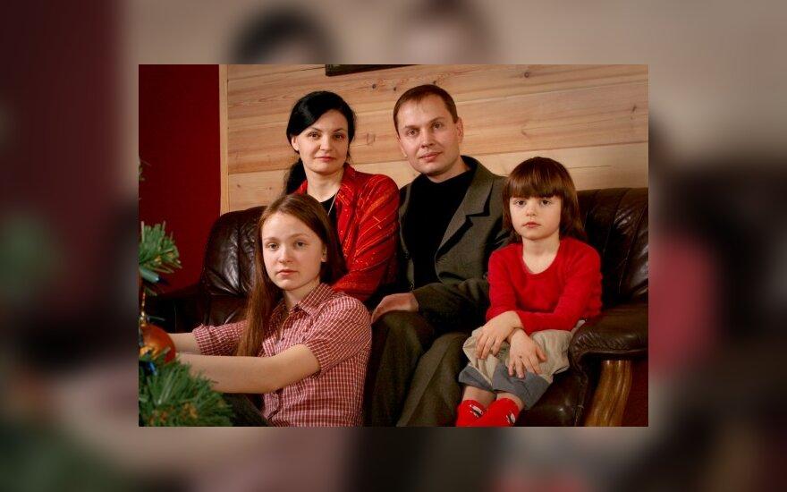 Anželika Krikštaponienė su šeima