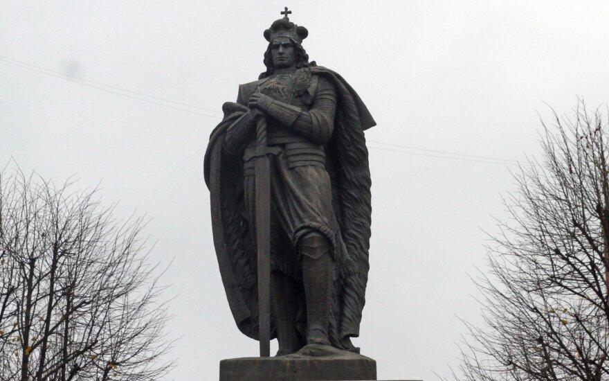 Užkliuvo Vytauto Didžiojo paminklas Kaune: siūlo iškeldinti