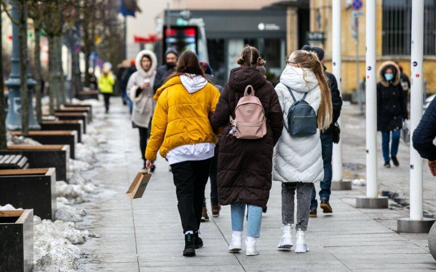 Situacija nedžiugina – pirmu etapu į mokyklas grįš tik dvi moksleivių grupės