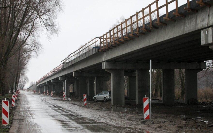 Andrejevas: Rusnės estakados statybos darbai baigti