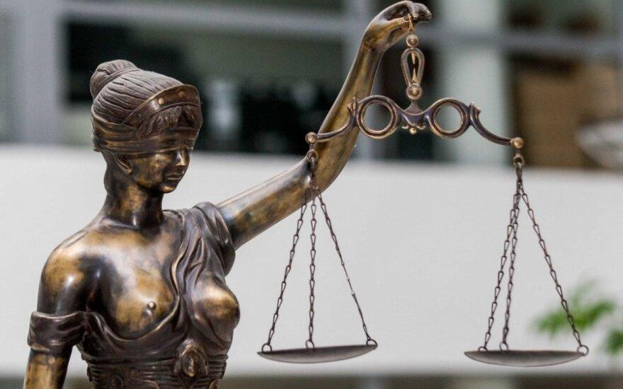 Teisme – istorinis žingsnis: darbą pradeda savanoriai