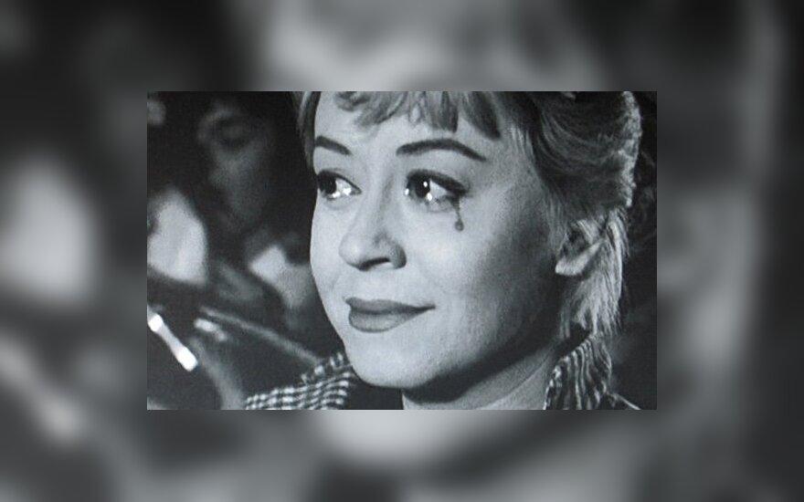 """Kadras iš filmo """"Kabirijos naktys"""", 1957"""