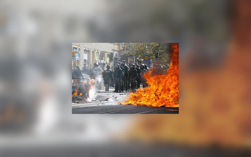Susirėmimai Leipcige prieš neonacių eitynes