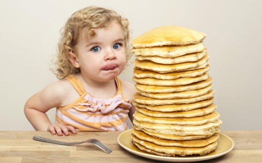 7 mitybos įpročiai iš vaikystės, kurie neleidžia lieknėti