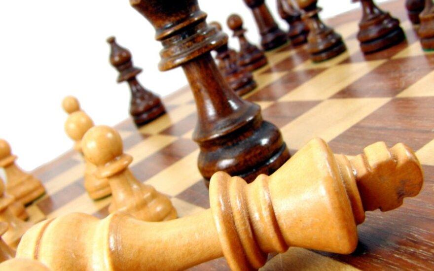 Lietuvos vyrų ir moterų šachmatų rinktinės Europos čempionate nutraukė pralaimėjimų serijas