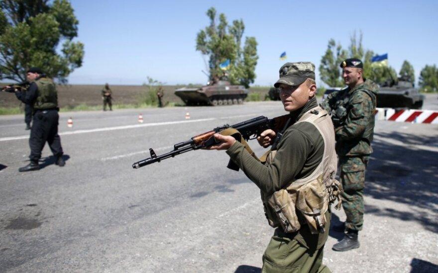 Dėlioja veiksmų planą Ukrainoje