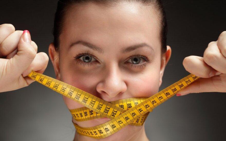 Mitai apie dietas: mažiau kalorijų - greičiau lieknėju?