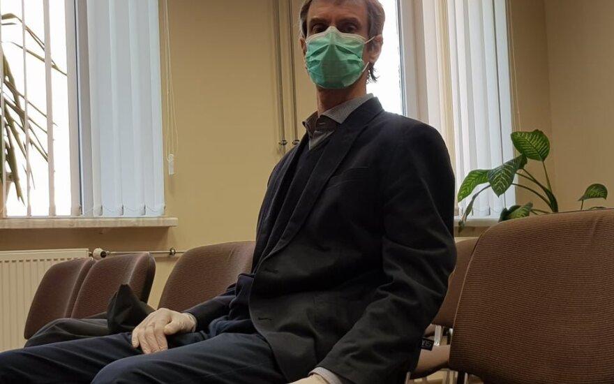 Teismas pradėjo nagrinėti Algirdo Paleckio bylą: kaltinamieji apklausiami už uždarų durų