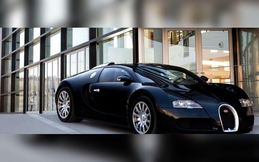 Kinijoje prabangių automobilių paklausos bumas - turčiai buriasi į klubus