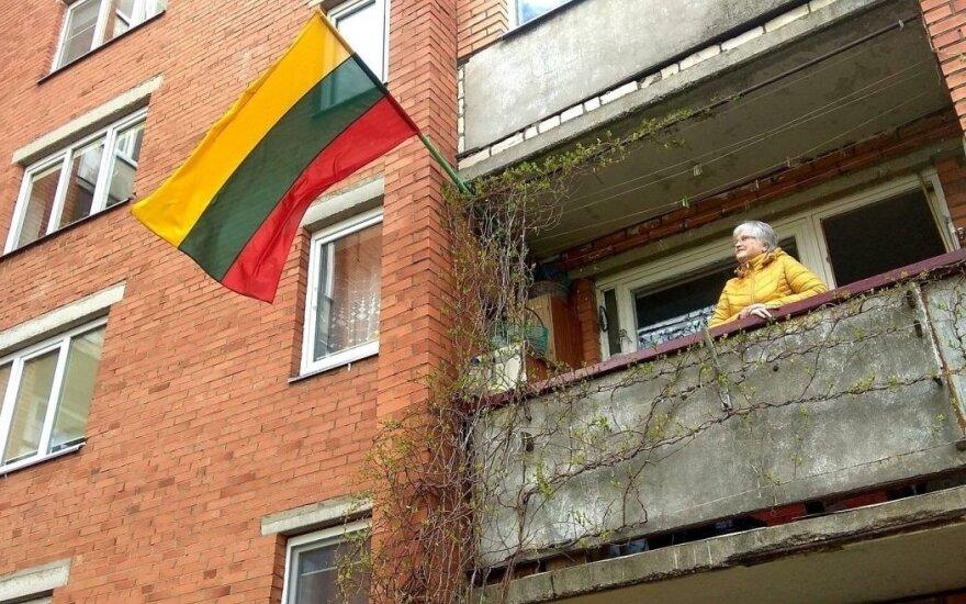 Kėdainiuose – kaimynų konfliktas dėl valstybinės vėliavos