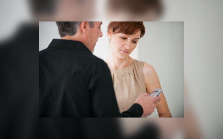 Pora skaito trumpąją žinutę (SMS)