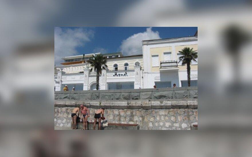 Jaukūs Jaltos viešbutukai prie pat jūros (I.Liutkevičienės nuotr.)