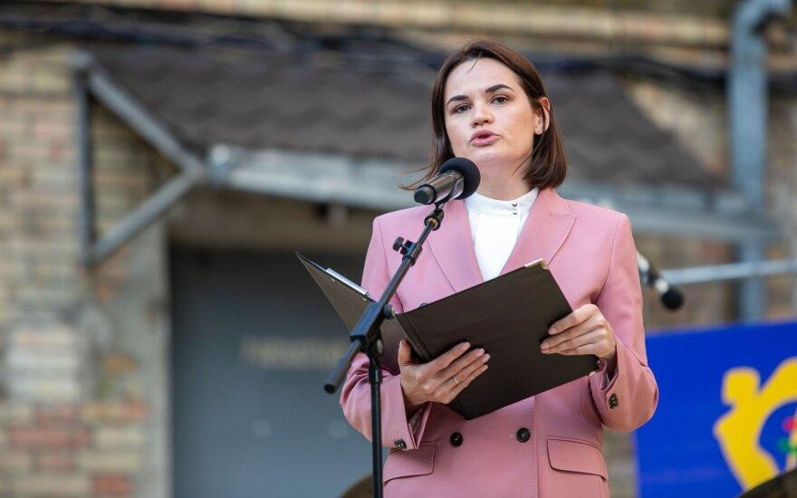 Cichanouskaja sveikina Vakarų sprendimą įvesti bendras sankcijas Lukašenkos režimui