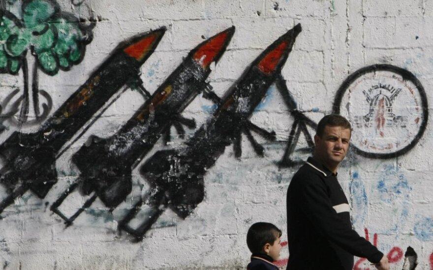 JT: Gazoje pradeda trūkti kuro, medikamentų