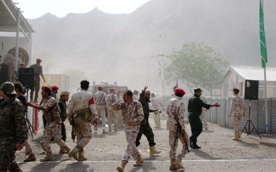 Jemene per sukilėlių išpuolį žuvo 17 policininkų