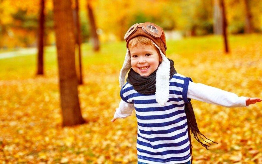 5 patarimai, ką rudenį su vaikais veikti lauke