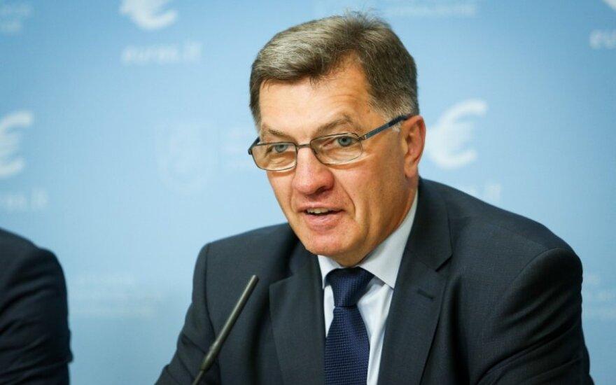 A. Butkevičius pagyrė Prancūziją ir sukritikavo A. Merkel